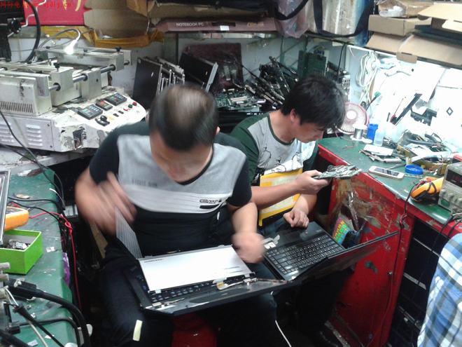 笔记本电脑维修师一天的工作环境