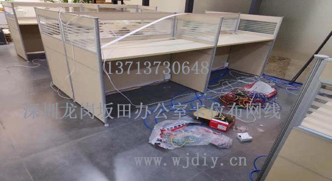 深圳龙岗办公室综合网络布线;办公卡位布网线电源插座